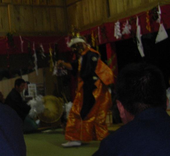 一夜の祭「栂尾神楽」に生きる_a0237545_015833.jpg