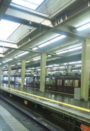 阪急電車_b0142989_23105767.jpg