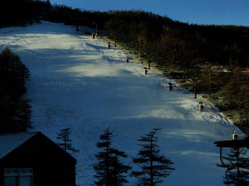 26日スキー場開き_e0120896_6334554.jpg