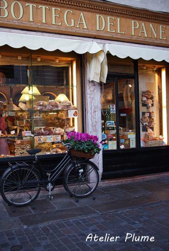 イタリアの旅   バッサーノ・デル・グラッパ 2_e0154202_1994674.jpg