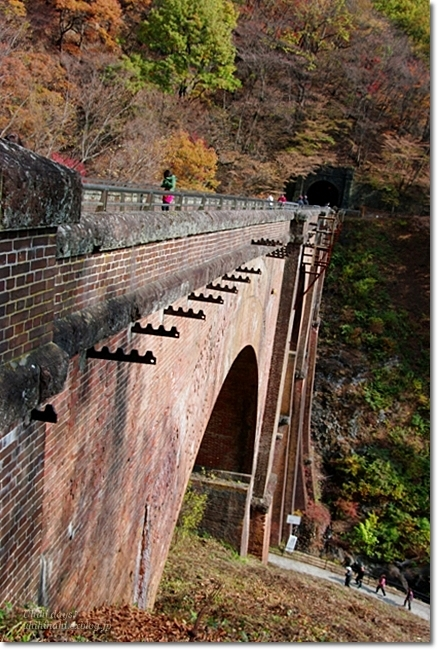 めがね橋 ・・・碓氷峠(うすい峠)の鉄道橋_f0179404_22454426.jpg