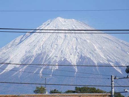 雨の次の日の富士山_b0089338_0333434.jpg