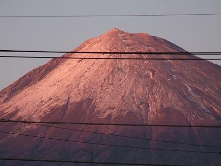 雨の次の日の富士山_b0089338_0335954.jpg
