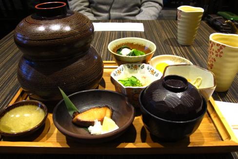 リッチモンドで懐石膳「Kiriri」_d0129786_151423.jpg