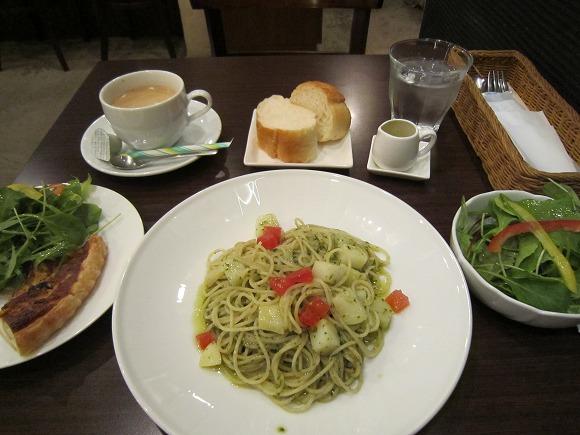 Convivio / キッシュの美味しいイタリアンレストラン_e0209787_14185634.jpg