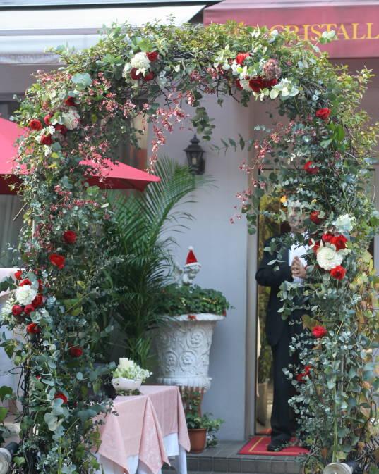 秋の終わりと冬のはじめに 紅葉と白雪 青山レ・クリスタリーヌ様の装花_a0042928_22192613.jpg
