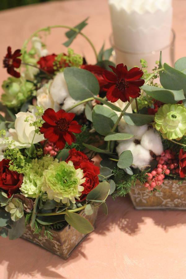 秋の終わりと冬のはじめに 紅葉と白雪 青山レ・クリスタリーヌ様の装花_a0042928_2219586.jpg