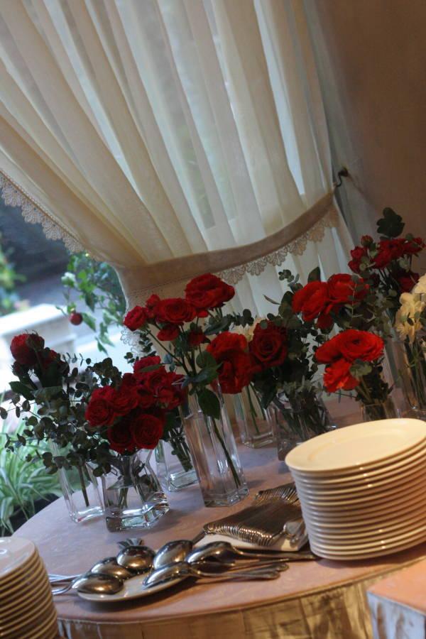 秋の終わりと冬のはじめに 紅葉と白雪 青山レ・クリスタリーヌ様の装花_a0042928_22201358.jpg