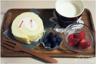 いちごのロールケーキ&多肉植物教室♪_f0193555_161719.jpg