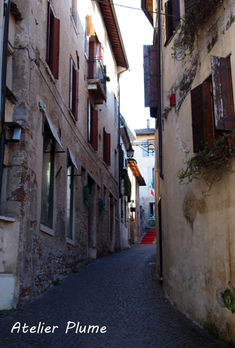 イタリアの旅  ヴェネト州の小さな町アーゾロへ_e0154202_190331.jpg
