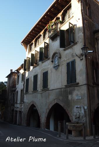 イタリアの旅  ヴェネト州の小さな町アーゾロへ_e0154202_1904845.jpg