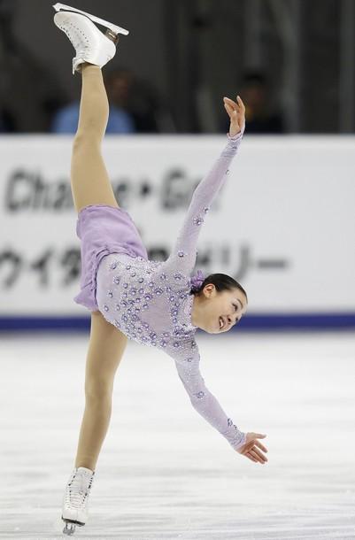 浅田真央選手が優勝、レオノワ選手とともにグランプリファイナル出場を決める -2011年ロシア杯_b0038294_1023629.jpg