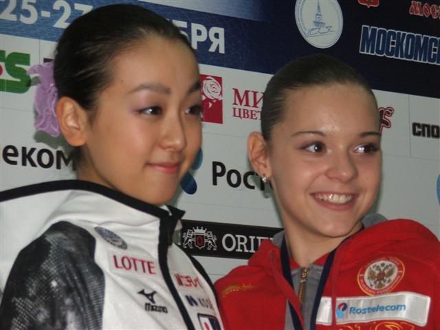 浅田真央選手が優勝、レオノワ選手とともにグランプリファイナル出場を決める -2011年ロシア杯_b0038294_9242965.jpg