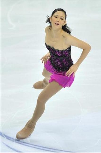 浅田真央選手が優勝、レオノワ選手とともにグランプリファイナル出場を決める -2011年ロシア杯_b0038294_924846.jpg