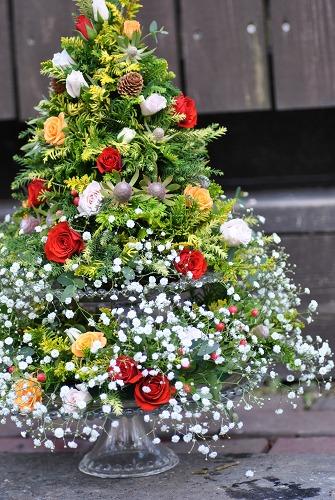 *クリスマスツリーアレンジ*_e0159050_0181245.jpg