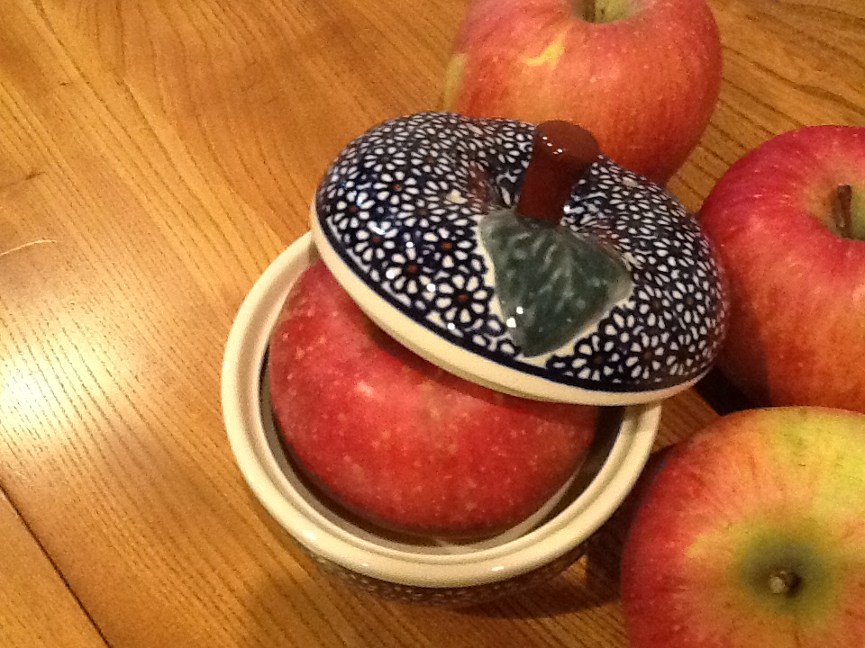 まるごと林檎の季節です。_b0051654_15432929.jpg