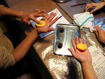 『町家で和菓子教室 其の九 洋風黄身しぐれ』ご報告_b0153663_18164453.jpg