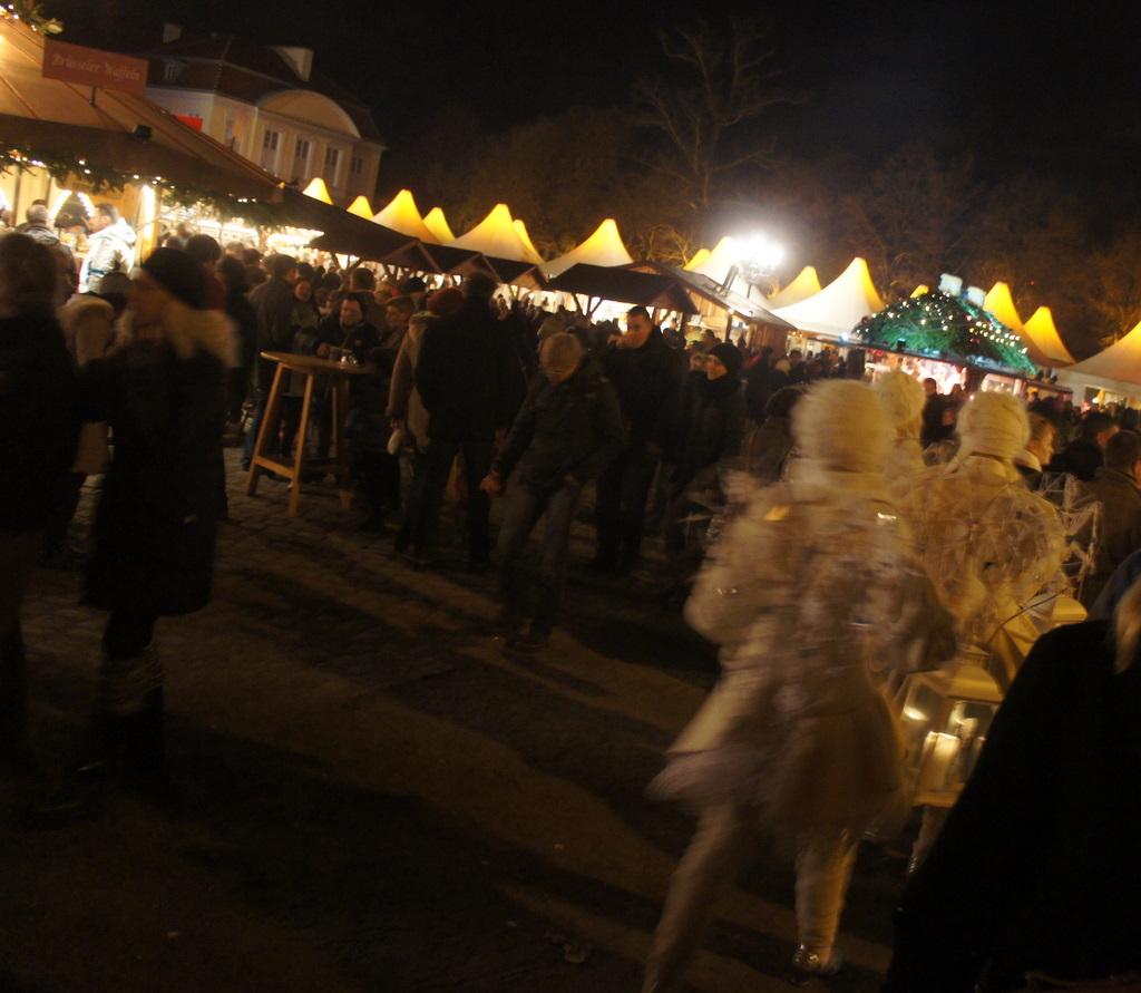Weihnachtsmarkt am Schloß Charlottenburg_c0180686_2119551.jpg