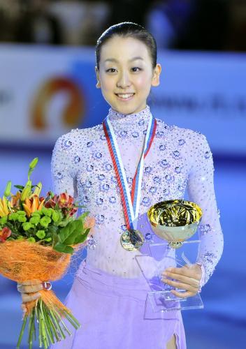 浅田真央選手が優勝、レオノワ選手とともにグランプリファイナル出場を決める -2011年ロシア杯_b0038294_7125951.jpg