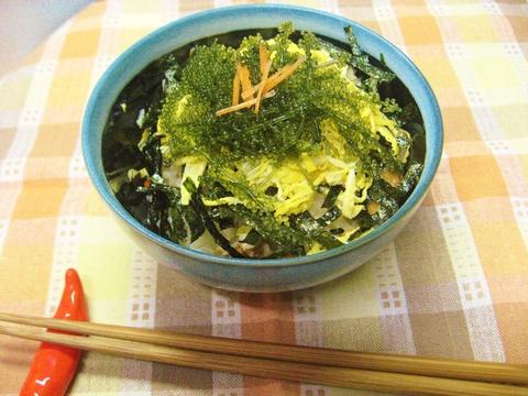 海ぶどうと焼海苔のチラシ寿司_e0184224_11491159.jpg
