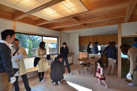 建物完成見学会 「まゆ」に包まれた和室のある家_e0164563_13365570.jpg
