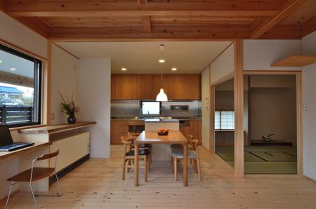 建物完成見学会 「まゆ」に包まれた和室のある家_e0164563_13371839.jpg