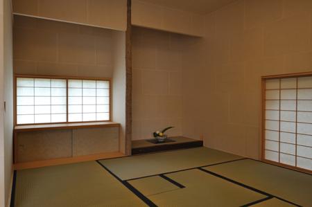建物完成見学会 「まゆ」に包まれた和室のある家_e0164563_13372749.jpg