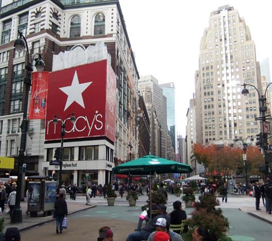 ニューヨークのMacy\'sのホリデーウィンドウ_b0007805_13313384.jpg