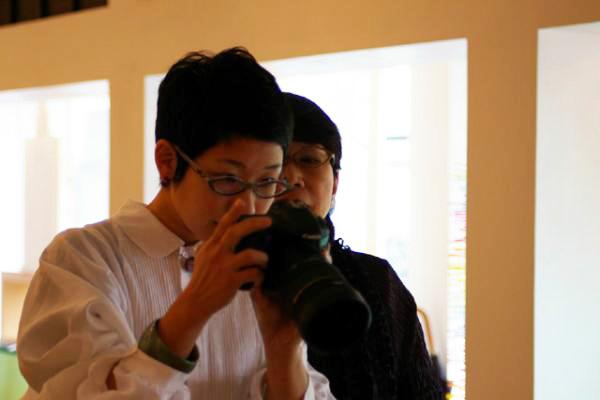 昨日、坂本理恵は坂本これくしょん店内で写真撮影でした(^^_c0145608_10492169.jpg