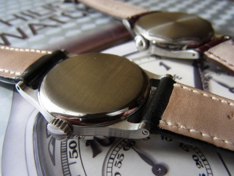 Caseback of Steel Watches._c0128818_10283039.jpg