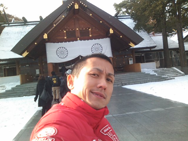 ランクル TOMMY札幌店 12月1日 月初、神宮参拝!_b0127002_21372670.jpg