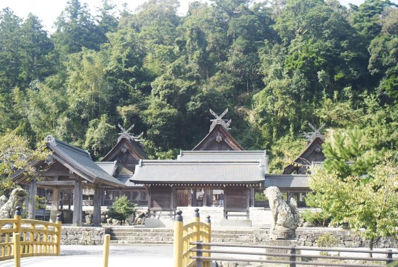 神社巡り_b0212922_14284432.jpg
