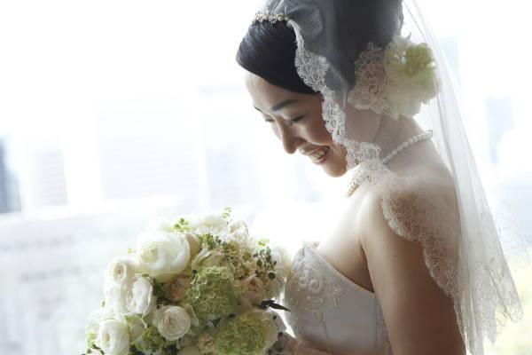 新郎新婦様からのメール アンティークと花 しかし花などどうでもいい 日比谷パレス様へ_a0042928_03033100.jpg