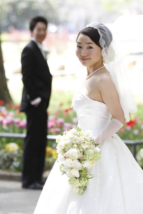 新郎新婦様からのメール アンティークと花 しかし花などどうでもいい 日比谷パレス様へ_a0042928_0304978.jpg