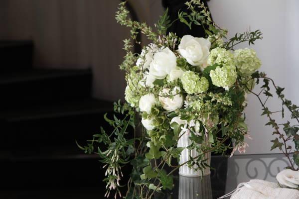 新郎新婦様からのメール アンティークと花 しかし花などどうでもいい 日比谷パレス様へ_a0042928_0311349.jpg
