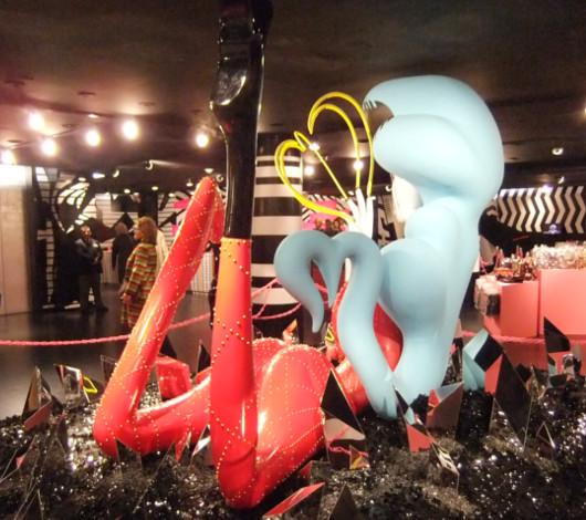 バーニーズ・ニューヨークNY本店で開催中のGAGA\'S WORKSHOP_b0007805_1436758.jpg