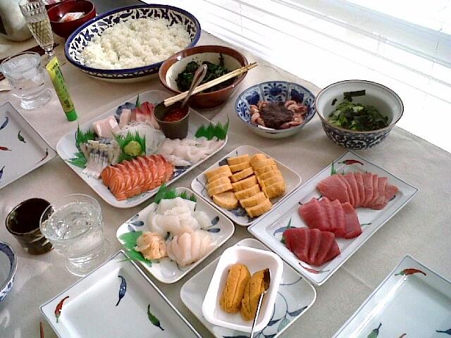 夫の居ぬ間に手巻き寿司パーティー♪_f0012916_23182884.jpg