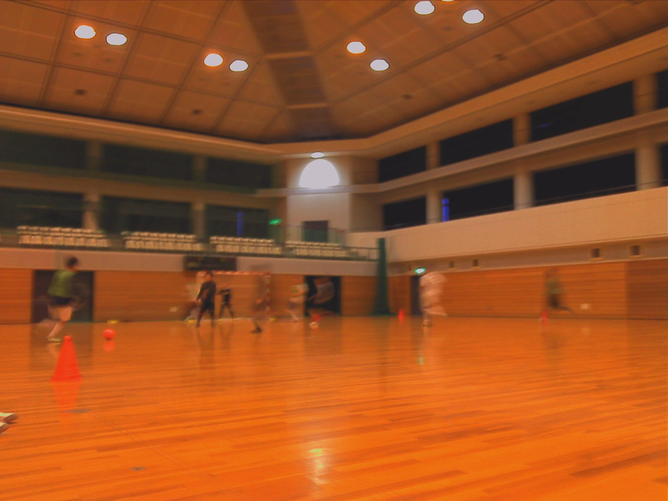 12/3(土)  交流試合 in 八幡市民体育館_a0059812_2353462.jpg