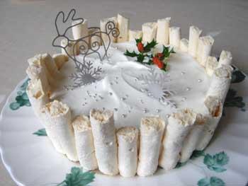 クリスマスケーキと、いつものくるくる_d0035752_1339682.jpg