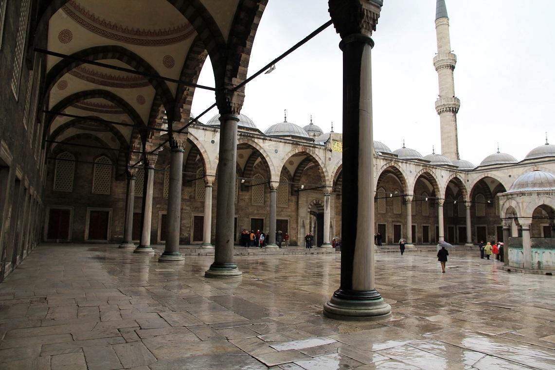 スルタンアフメト・ジャーミィ(Sultanahmet Camii)      イスタンブール その11_a0107574_2050332.jpg
