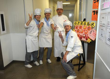 名古屋製菓専門学校第13回パンフェスティバル開催してます。_b0110019_13232382.jpg