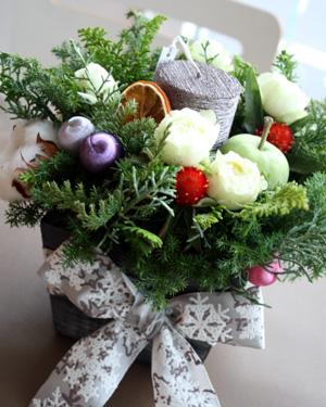 ★クリスマスアレンジ★_a0118355_17525656.jpg