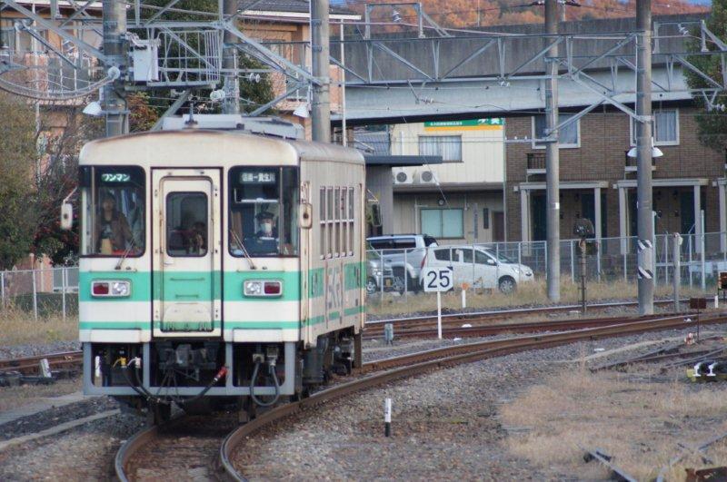 びわこ京阪奈線?_d0249867_1944978.jpg