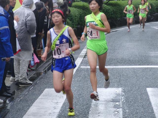 雨の中、懸命に走る選手に勇気をもらう「県市町対抗駅伝」_f0141310_7402989.jpg