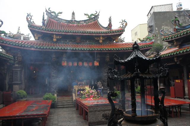 台湾の台中の鹿港、彰化へ、そして客家料理_c0011649_21424778.jpg
