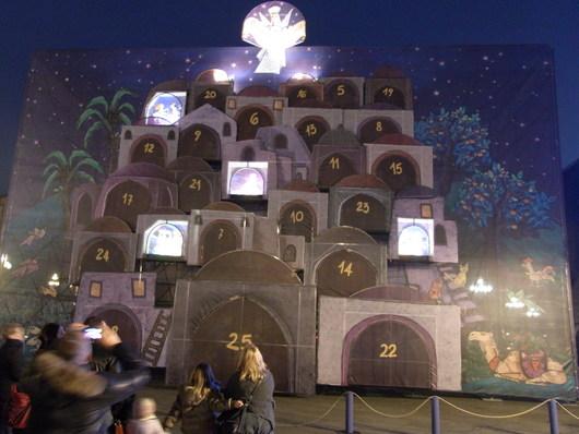 元シェフのボンゴレ・ビアンコ & トリノのクリスマス飾り☆_b0246303_3134699.jpg