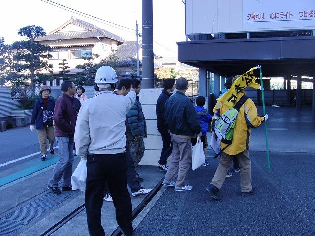 富士高を避難所とする近隣4区の合同避難所訓練 その1_f0141310_8313358.jpg