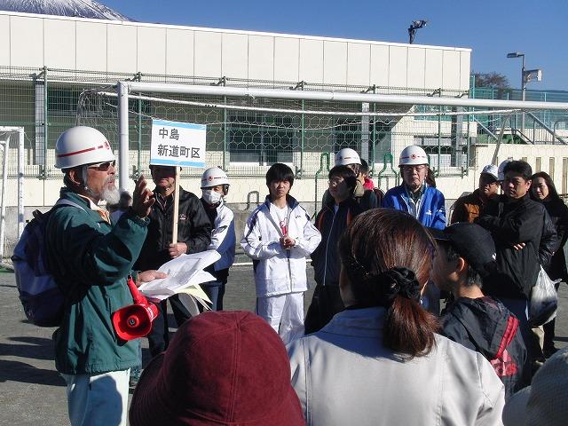 富士高を避難所とする近隣4区の合同避難所訓練 その1_f0141310_8325141.jpg