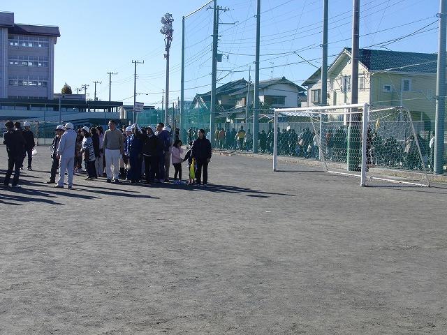 富士高を避難所とする近隣4区の合同避難所訓練 その1_f0141310_833275.jpg