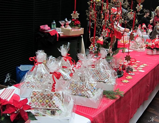 クリスマス・バザー_a0086828_6446100.jpg
